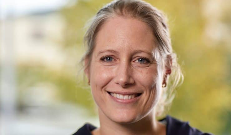 Dr Maja Coradi Vellacott